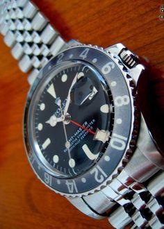 GMT Master Ref 1675. Early 70s Black with Jubilee Bracelet.