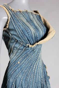 Denim details - something to do with all the jeans you no longer wear for whatever reason!