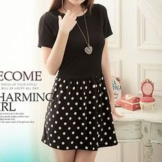 Buy Rocho Short-Sleeve Dotted Pleated Dress at YesStyle.com! Quality products at remarkable prices. FREE WORLDWIDE SHIPPING on orders over US$35.