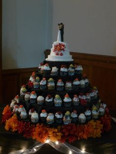 Fall wedding cupcake tower (Matt & Emma)