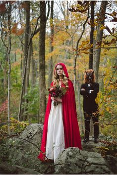 Little Red Riding Hood and The Big Bad Wolf Wedding Inspiration Costume Halloween, Halloween Costumes Women Scary, Couples Halloween, Creative Halloween Costumes, Costumes For Women, Halloween Ideas, Halloween Makeup, Couple Costumes, Halloween Party