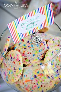 an easy recipe for cake batter sprinkle cookies made with cake mix and sprinkles recipe cookies sprinkles Sprinkle Cookies, Sprinkle Party, Funfetti Cookies, Sugar Cookies, Sprinkle Birthday Cakes, Baby Sprinkle Favors, Cake Batter Cookies, Cookies For Kids, Baby Cookies