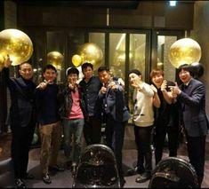 180222 Big Bang's Seungri, GD, TOP, Philip Chun, Taeyang , and  Daesung (& two others) at R고기 Restaurant, Cheongdam-dong, Gangnam-gu , Seoul