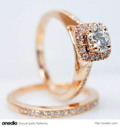 Veya büyüklüğüyle değil, güzelliğiyle dikkat çeken bu pırlanta yüzüğü?