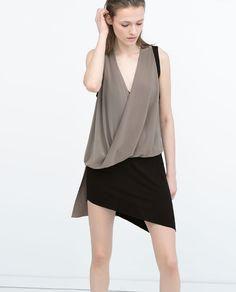 Image 4 of LONG DRAPED T-SHIRT from Zara