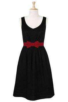 Bow tied waist cotton dress  I have been eyeing this dress for awhile, for whatever reason it just reminds me of Breakfast at Tiffany's!