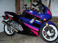 1992 Honda CBR600F2. I owned this bike for a short time until I wadded it into a south eastern Indiana Farmer's ditch! Grrr!