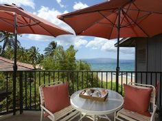 VRBO.com #494716 - Beachfront Property Luxury Condo Top Floor Ac Available Subject to Showing