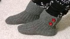 """Drops 134-42 """"Moon Socks"""". Yarn: Novita 7 veljestä."""