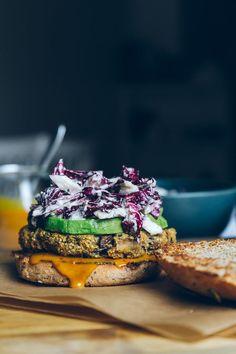 Veggie Burger w/ a Sweet & Tangy Mustard Sauce + Radicchio Slaw #vegan #healthy #burger