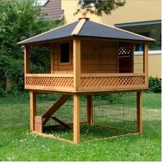 Rabbit Hutch Patio Pagoda Spacious Pet Garden Home Wooden Cage Outdoor Coop NEW