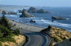 Pacific Coast Highway near Cape Sebastian Astoria Oregon to Depoe Bay(© Philip James Corwin/Corbis)