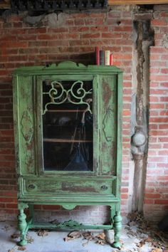 Items similar to SOLD Chippy Antique Hutch/China Cabinet on Etsy Painting Furniture Diy, Furniture Makeover, Painted Furniture, Furniture Inspiration, Shabby Furniture, Vintage China Cabinets, Diy Furniture Projects, Recycled Furniture, Milk Paint Colors