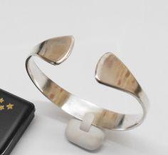 Silberarmreif in schlichter Ausführung AB170 von Atelier Regina auf DaWanda.com