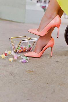 Coisas de mulher Cristã: Cores nos pés http://coisasdemulhercris.blogspot.com.br/