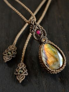 Macrame crystal pendant