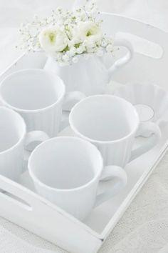 Rose இ White Rose Cottage இ - Blanc vetement Little White, All White, Pure White, White Lace, Snow White, White Cottage, Rose Cottage, Blanco White, White Dishes