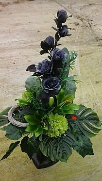Altar Flowers, Ikebana Flower Arrangement, Funeral Flower Arrangements, Modern Flower Arrangements, Artificial Flower Arrangements, Funeral Flowers, Artificial Flowers, Nylon Flowers, Silk Flowers