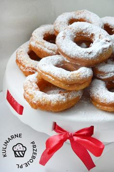 przepis na serowe oponki Sweet Bakery, Onion Rings, Doughnut, Nutella, Deserts, Bread, Ethnic Recipes, Food, Essen