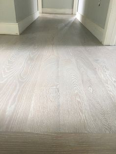 Understand different types of hardwood and laminate flooring before you buy. Grey Hardwood Floors, Red Oak Floors, Hardwood Floor Colors, Pine Floors, Engineered Hardwood Flooring, Grey Flooring, Maple Floors, Oak Floor Stains, Floor Stain Colors