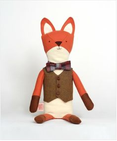 henry the fox  by walnut animal society