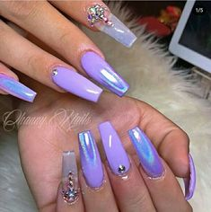 There are three kinds of fake nails which all come from the family of plastics. Acrylic nails are a liquid and powder mix. They are mixed in front of you and then they are brushed onto your nails and shaped. These nails are air dried. Ocean Blue Nails, Purple Nails, White Nails, Dope Nails, Fun Nails, Baby Nails, Nagel Bling, Cute Acrylic Nails, Holographic Nails Acrylic