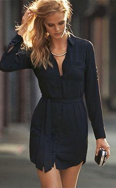 Black Button Up Waisted Dress. I Love Fashion, Passion For Fashion, Fashion Beauty, Fashion Looks, Street Chic, Street Style, Estilo Glamour, Lil Black Dress, Mode Outfits