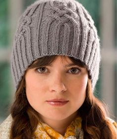 Free knitting pattern - Snowtracks Cap by Timothy Peters in Stitch Nation Bamboo Ewe (discontinued) Chunky Hat Pattern, Knit Beanie Pattern, Knitting Patterns Free, Free Knitting, Hat Patterns, Free Pattern, Crochet Patterns, Fall Hats, Winter Hats