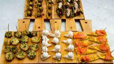 Tareq Taylor lagar fem olika sorters pintxos på sitt sätt: Guida (klassikern från San Sebastián), Anita (Med rotselleri), Berit (med kyckling), Elin (omelett) och Rut (potatis).