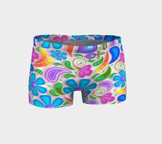 Stretch fabrics shorts that you could wear for workout, yoga, or dancing! Even when going to the beach! Yoga Fashion, Yoga Leggings, Knitted Fabric, Stretch Fabric, Activewear, Dancing, Fabrics, Workout, Shorts