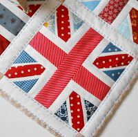 Patchsmith's Union Jack Block Pattern Sometimes you just need a little bit bigger. So it was with my block for the Farm Girl Vintage...
