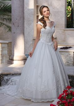 DaVinci Bridal 8009  Size 18 Original Price $809 Sale Price $486