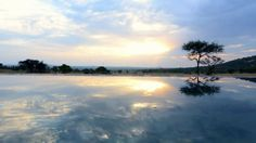 An exclusive retreat overlooking a well-visited waterhole on the south-eastern slopes of Sasakwa Hill.
