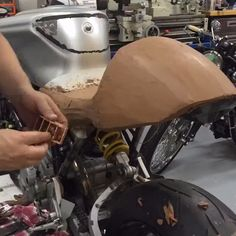 Royal Enfield & Ducati clay modeling with Skunk Machine Moto Guzzi, Royal Enfield, Cafe Racer Seat, Yamaha Cafe Racer, Concept Motorcycles, Ducati Motorcycles, Motorcycle Design, Bike Design, Melbourne