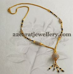 Gold jewelry is the epitome of sophistication so we tend to have a wide selection of blonde bijou designs. Long Pearl Necklaces, Gold Necklace, Pendant Necklace, Gold Mangalsutra Designs, Gold Jewelry Simple, Gold Bangles, Beaded Jewelry, Pearl Jewelry, Gold Jewellery