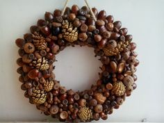 wreath autumn with acorn