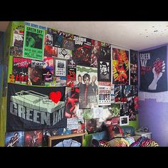 Green Day Decorated Room!