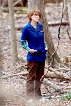 Supernatural drama: Winona Ryder was back on set filming Netflix series Stranger Things in Atlanta, Georgia on Wednesday Dr Brenner Stranger Things, Joyce Stranger Things, Stranger Things Aesthetic, Stranger Things Netflix, Winona Ryder, Stranger Things Halloween Costume, Winona Forever, Red Wigs, Old Actress