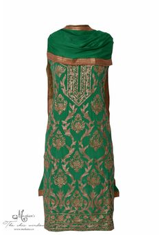 Traditional green suit adorn in rich zari work