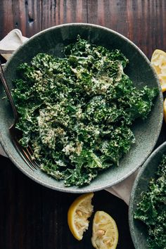 Vegan kale caesar salad recipe whole 30 & paleo рецепты Kale Salad Recipes, Vegetarian Recipes, Healthy Recipes, Vegan Dinners, Soup Recipes, Fodmap, Pulled Turkey, Kale Caesar Salad, Frozen
