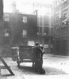 Catherine Eddowes found inMitre Square Casebook: Jack the Ripper - Mitre Square