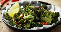 Do you crave that bbq flavour, but want to maintain a healthy diet? Crunchy, delicious, grilled to perfection… you've never had veggies like these before! Grilled Broccoli, Low Carb Recipes, Cravings, Grilling, Bbq, Tasty, Nutrition, Diet, Vegetables