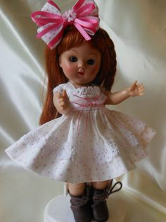 PINKY DOTS,  dress, hair bow ,fits Ginny, Muffie dolls.