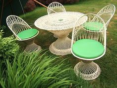 vintage spun fiberglass patio set from my gram.mmmmm what to do with it Cane Furniture, Outdoor Furniture Sets, Rattan, Wicker, Outdoor Spaces, Outdoor Decor, Hollywood Regency, Palm Beach, Front Porch