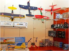 Wide range of RC planes. Wide range of RC planes… Nitro Boats, Radio Controlled Aircraft, Rc Model Airplanes, Boat Radio, Remote Control Boat, Electric Boat, Rc Hobbies, Hobby Room, Rc Cars