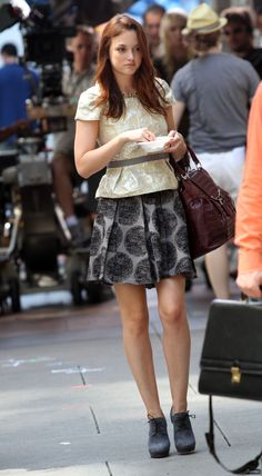 Blair Waldorf outfit: Gossip girl season four Easy J