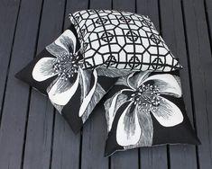 OUTDOOR CUSHION SLIPCOVER Handmade Pillow Cover with Zipper image 6 Outdoor Cushion Slipcovers, Patio Pillows, Outdoor Cushions, Outdoor Throw Pillows, Outdoor Rooms, Outdoor Living, Outdoor Decor, Pillow Corner, Handmade Pillow Covers