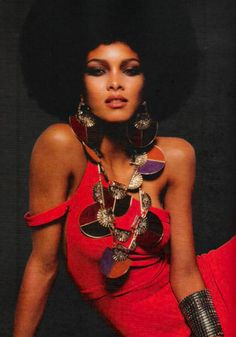 Fierce, that necklace rocks!!!!!!!! I may have to make one!!!!!!!!!!!!!!