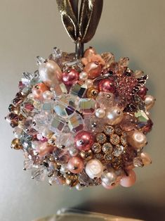 Made-to-order Jeweled Ornament Jeweled Christmas Trees, Handmade Christmas Decorations, Christmas Ornaments To Make, How To Make Ornaments, Christmas Items, Xmas Tree, Christmas Projects, Christmas Crafts, Costume Jewelry Crafts