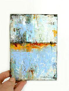 Cet art mixte original est une peinture abstraite sur une planche de bois de 1/4.  «Réflexions de la journée» Vous pouvez voir les couches créées par un procédé de peinture et de papiers décoratifs. Taille de l'image est de 5 x 7» x 1/4 «planche et les côtés sont peints en brun foncé. Il pourrait être mis dans un cadre ou s'asseoir sur un chevalet sur une étagère.  Merci beaucoup pour visiter ma boutique! Visitez mon site Web à http://www.dianamulder.com  L'achat de c...